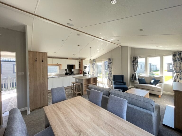 2021 Willerby Pinehurst at The Cove - Dining area with open floor plan