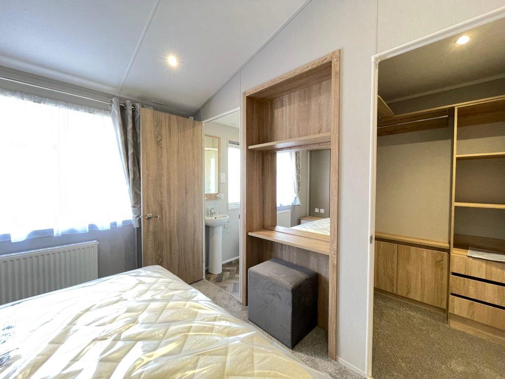 2021 Willerby Pinehurst at The Cove - Bedroom