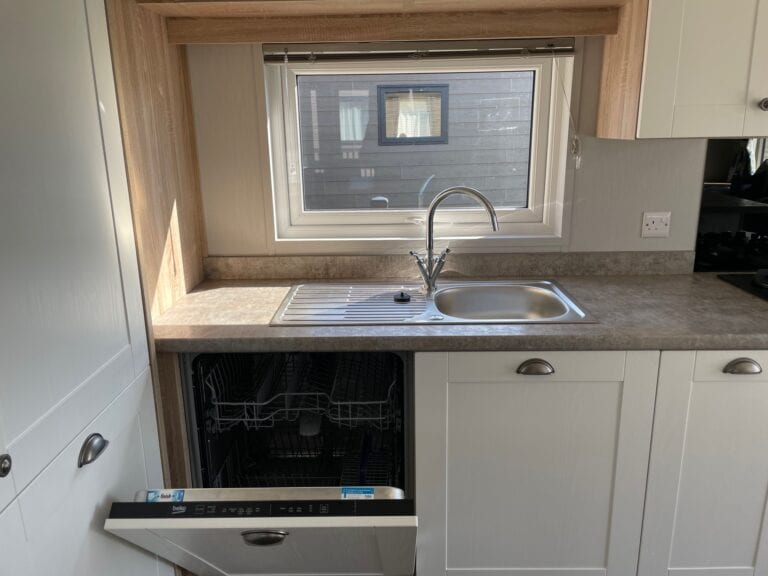 2021 Willerby Pinehurst at The Cove - Sink and dishwasher