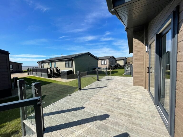 2021 Willerby Pinehurst at The Cove - Deck view