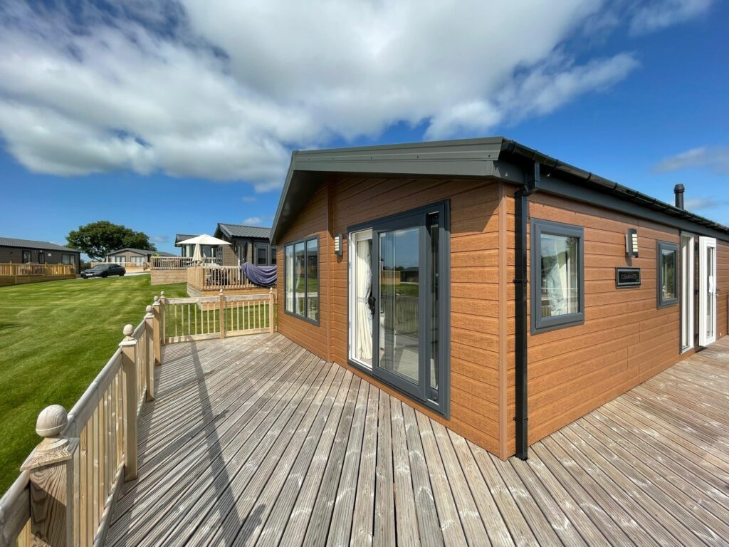 Previously Owned 2020 Willerby Clearwater Lodge at Holgates Ribble Valley (2)-min