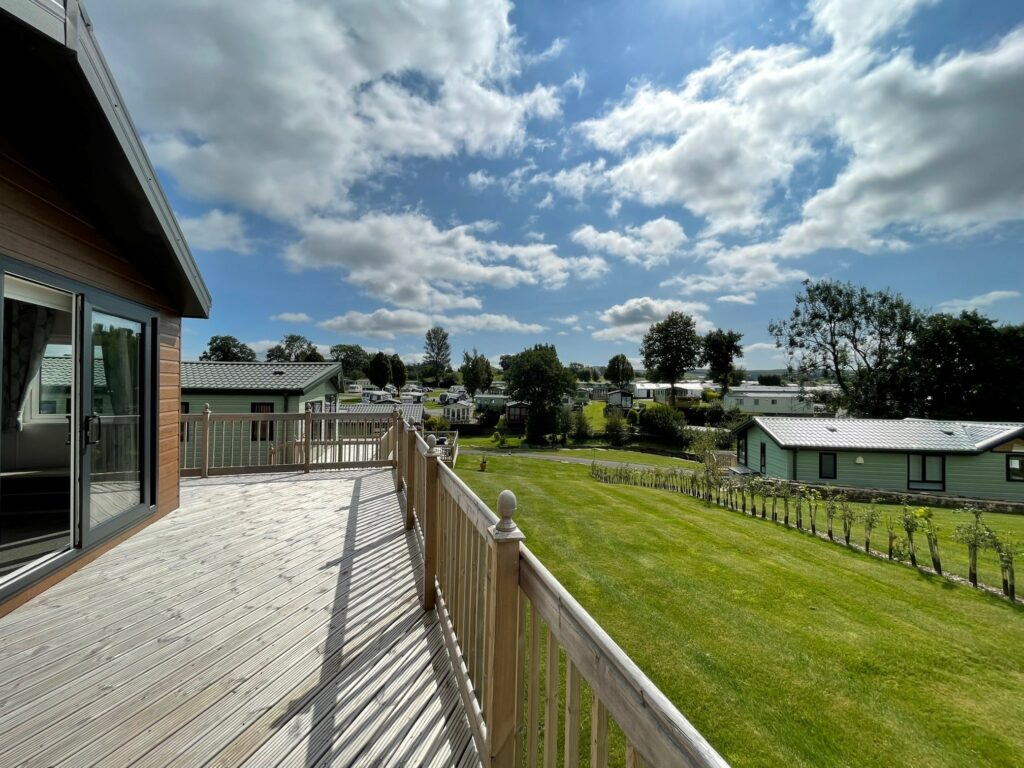 Previously Owned 2020 Willerby Clearwater Lodge at Holgates Ribble Valley (3)-min