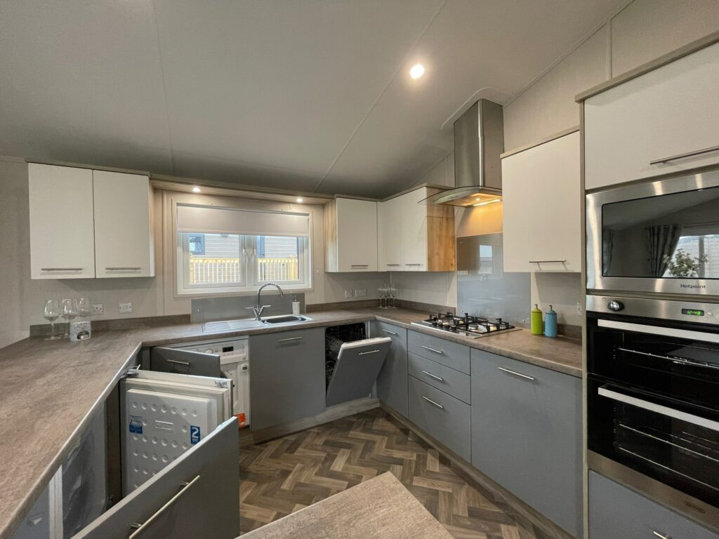 Previously Owned 2020 Willerby Clearwater Lodge13-min