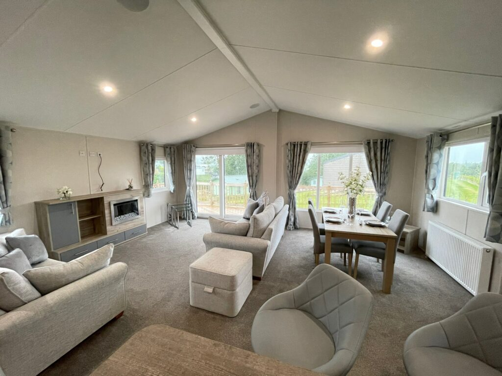 Previously Owned 2020 Willerby Clearwater Lodge2-min