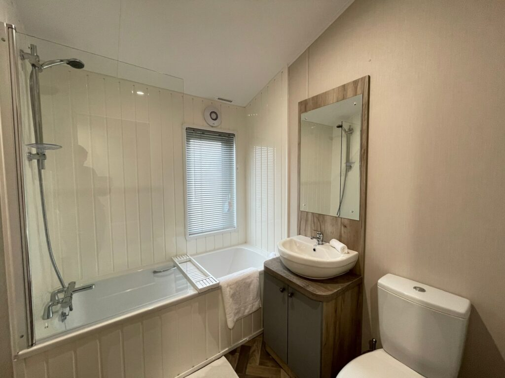 Previously Owned 2020 Willerby Clearwater Lodge6-min