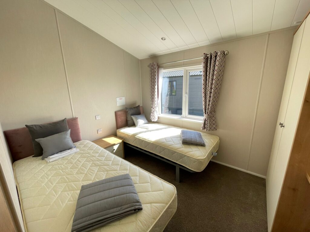 Willerby Portland Lodge at The Cove (14)-min