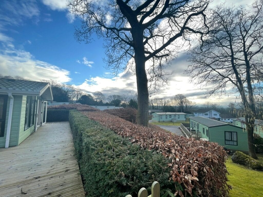 Previously Owned 2006 Willerby New Hampshire at Silver Ridge Cumbria South Lakes (7)-min