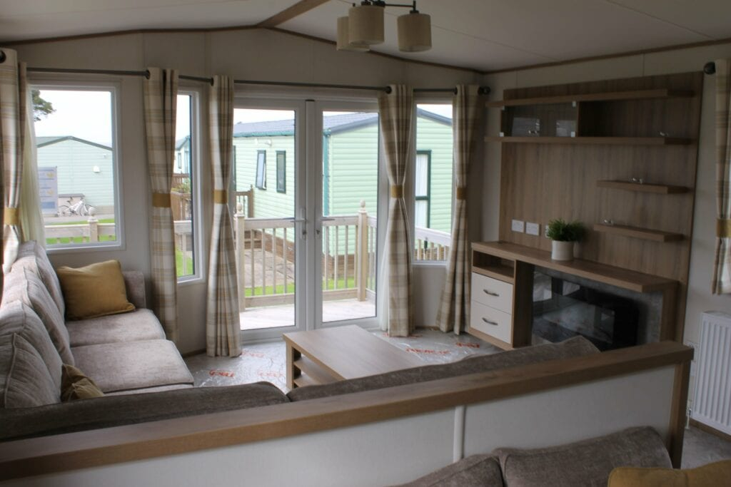 Previously Owned 2018 ABI Blenheim for sale at Bay View Holiday Park - Holgates - Lounge and deck