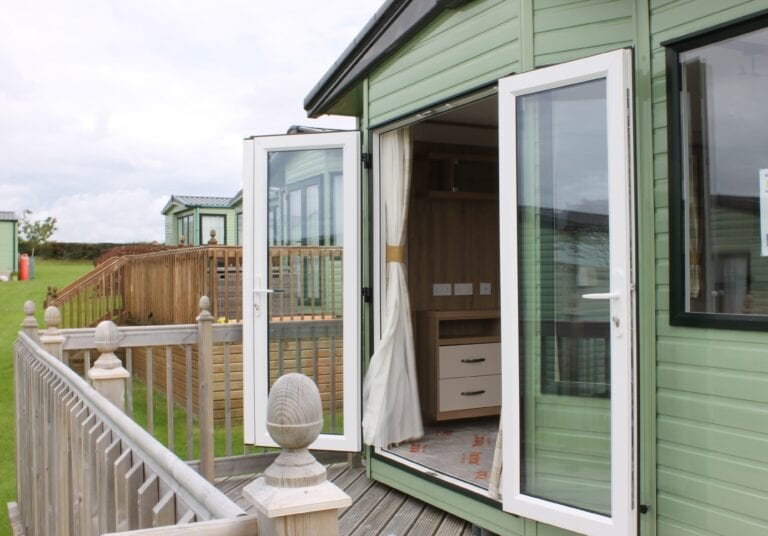 Previously OwnPreviously Owned 2018 ABI Blenheim 38' x 12' Holiday Home - Holgatesed 2018 ABI Blenheim 38' x 12' Holiday Home - Holgate