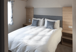 Holgates holiday lodges - bedroom