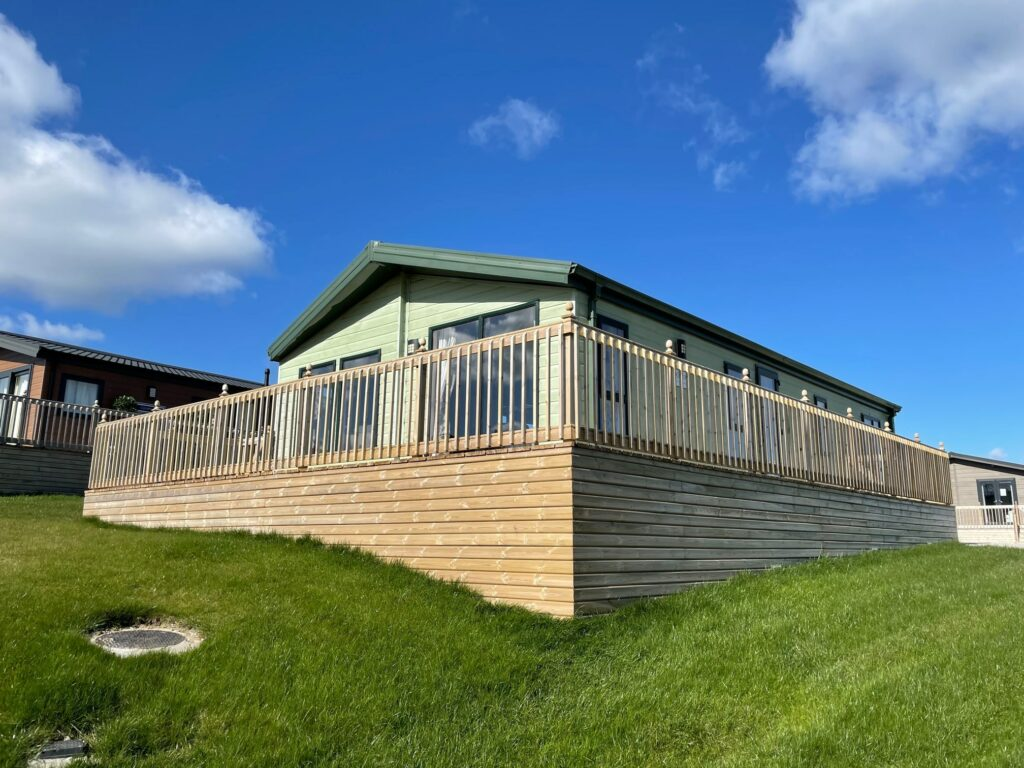 Previously Owned 2011 Willerby Boston Lodge at Holgates Ribble Valley (1)-min