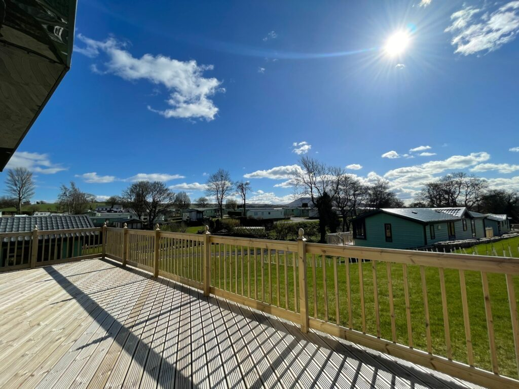 Previously Owned 2011 Willerby Boston Lodge at Holgates Ribble Valley (5)-min