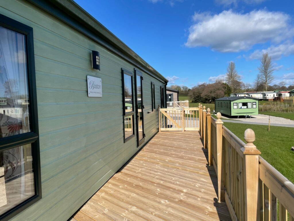 Previously Owned 2011 Willerby Boston Lodge at Holgates Ribble Valley (7)-min