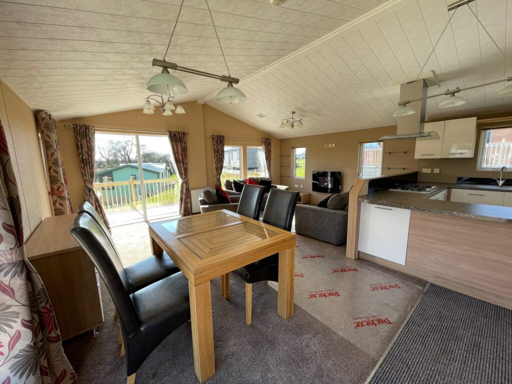 Previously Owned 2011 Willerby Boston Lodge at Holgates Ribble Valley (8)-min