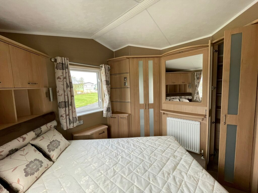 Previously Owned 2011 Willerby Vogue at Holgates Ribble Valley (11)-min