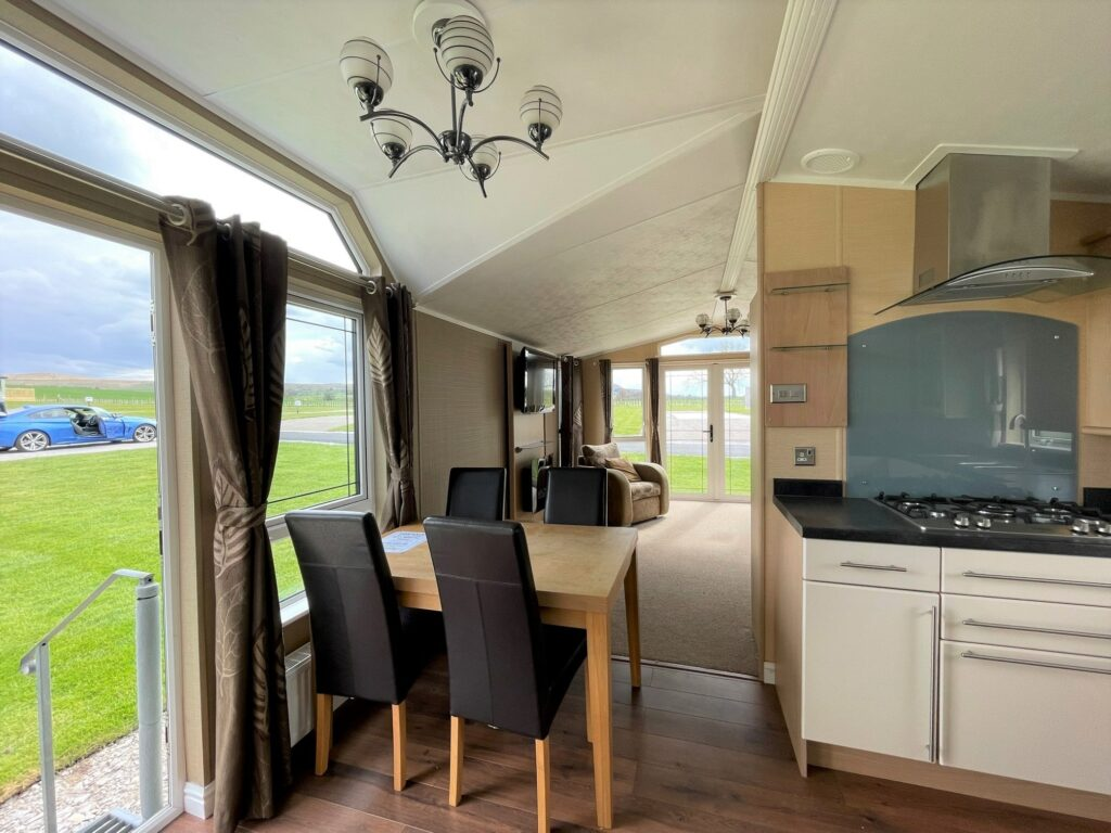 Previously Owned 2011 Willerby Vogue at Holgates Ribble Valley (6)-min
