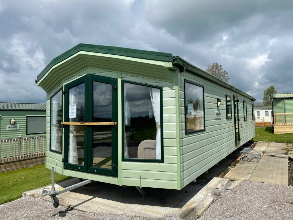 Previously Owned 2011 Willerby Winchester at Holgates Ribble Valley (2)