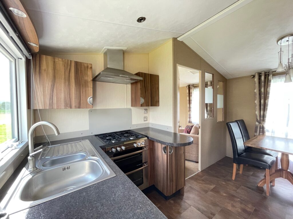 Previously Owned 2011 Willerby Winchester at Holgates Ribble Valley (3)