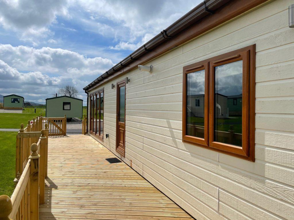Previously Owned 2014 Lakeland Sorrento Lodge16-min