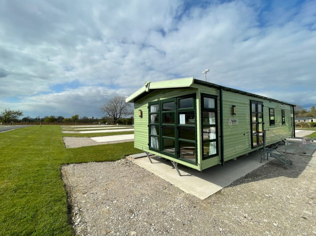 Previously Owned 2014 Willerby Skyline at Holgates Ribble Valley (10)-min
