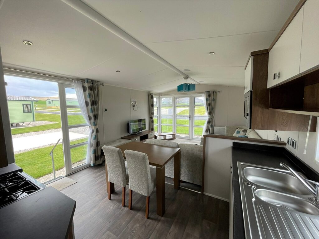 Previously Owned 2014 Willerby Skyline at Holgates Ribble Valley (4)-min