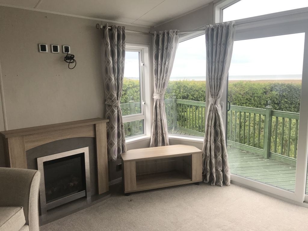 Previously Owned 2018 Willerby Aspen Lodge at Bay View2-min