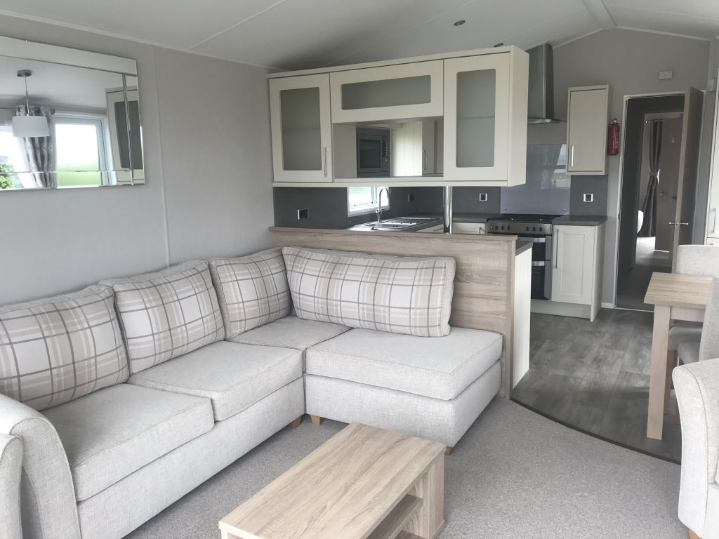 Previously Owned 2018 Willerby Aspen Lodge at Bay View3-min
