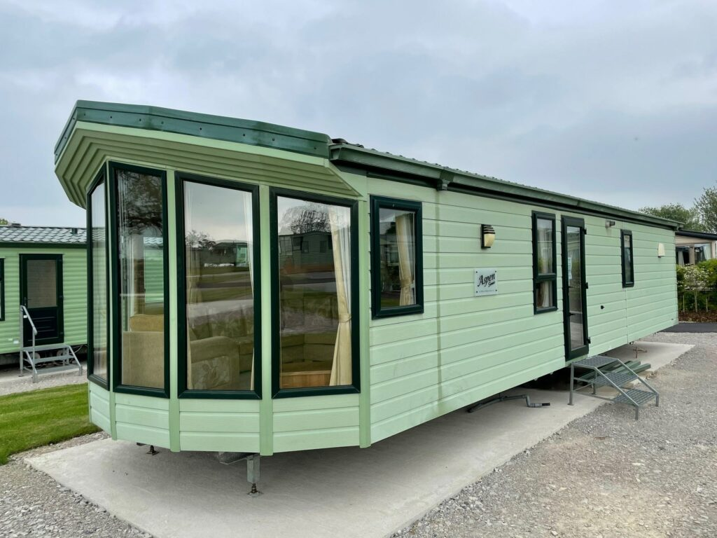 Previously Owned 2011 Aspen Scenic for sale at Holgates Ribble Valley (2)-min