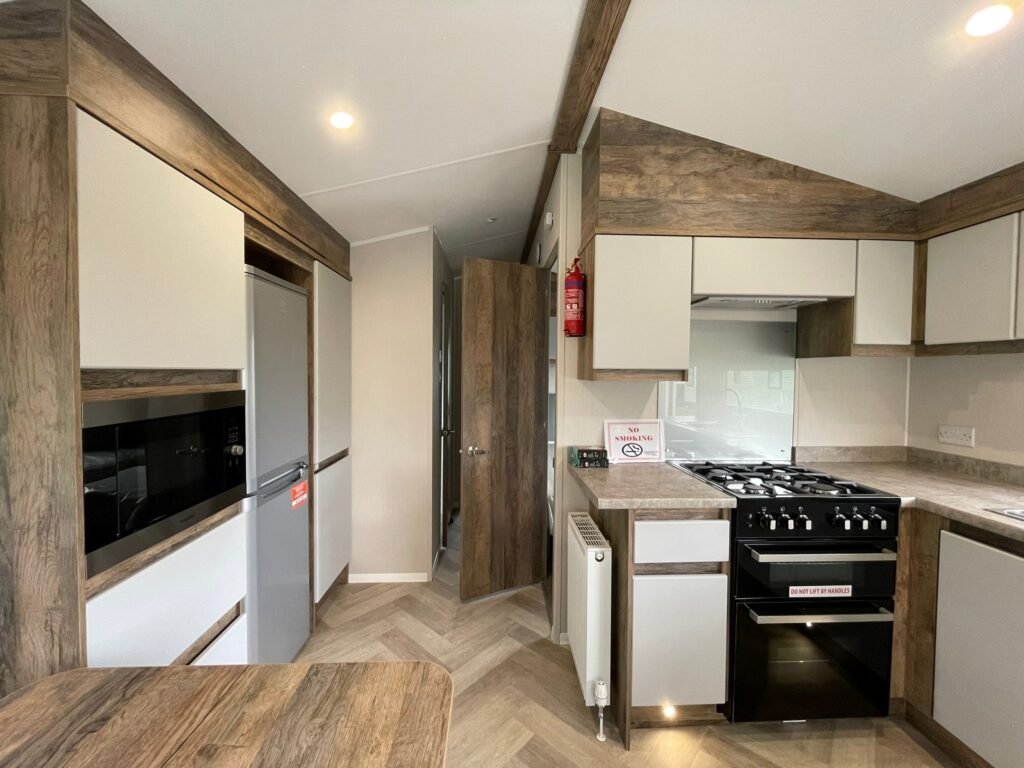 2021 Willerby Brookwood at Netherbeck Holiday Park (6)-min