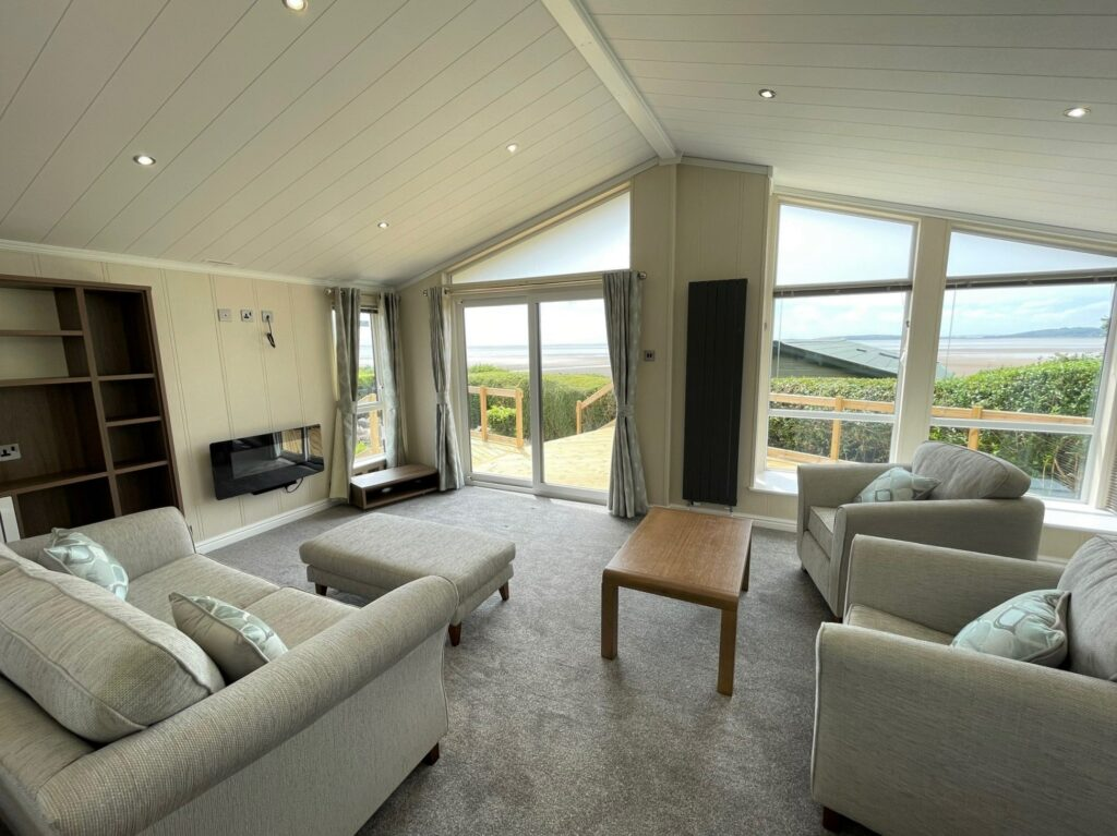 2021 Willerby New Hampshire at Far Arnside Holiday Park (14)-min