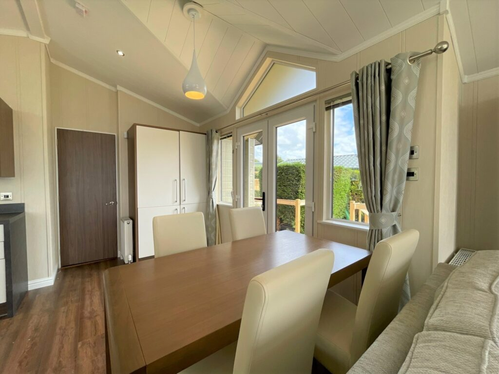2021 Willerby New Hampshire at Far Arnside Holiday Park (15)-min