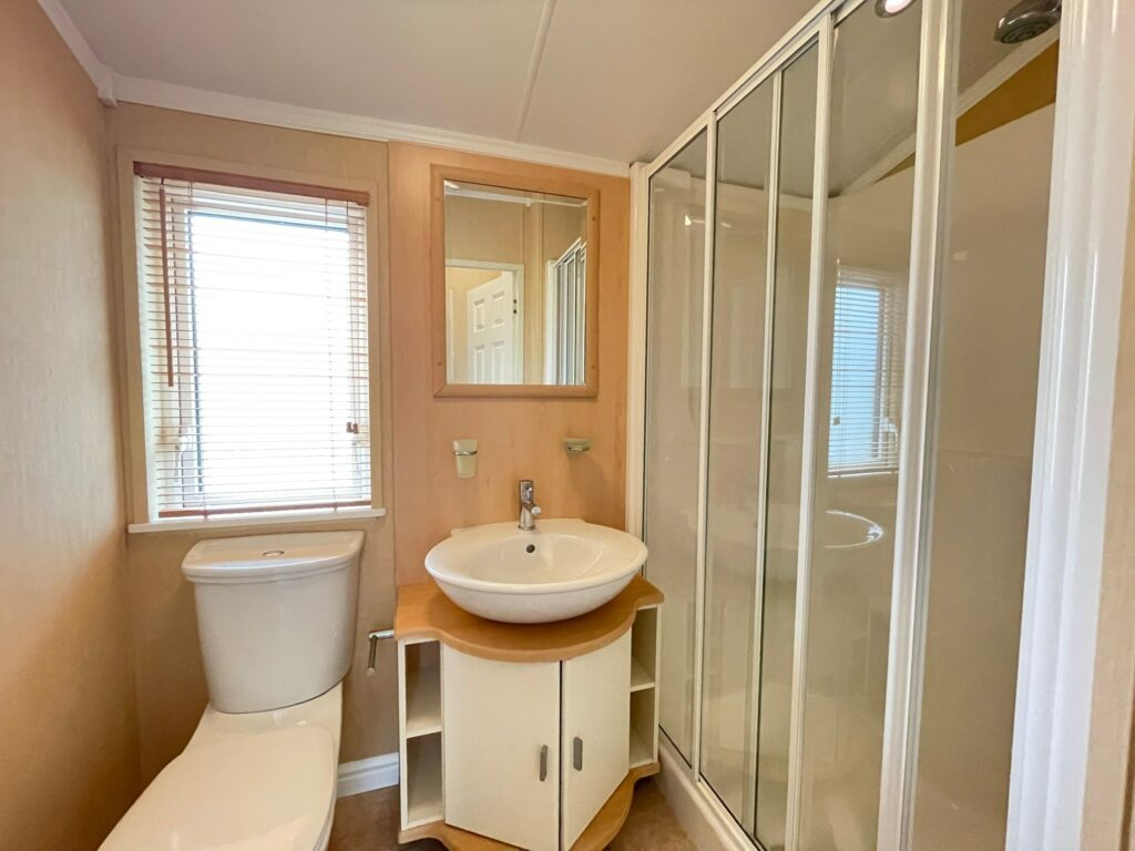 Previously Owned 2009 Willerby New Hampshire Lodge (12)-min
