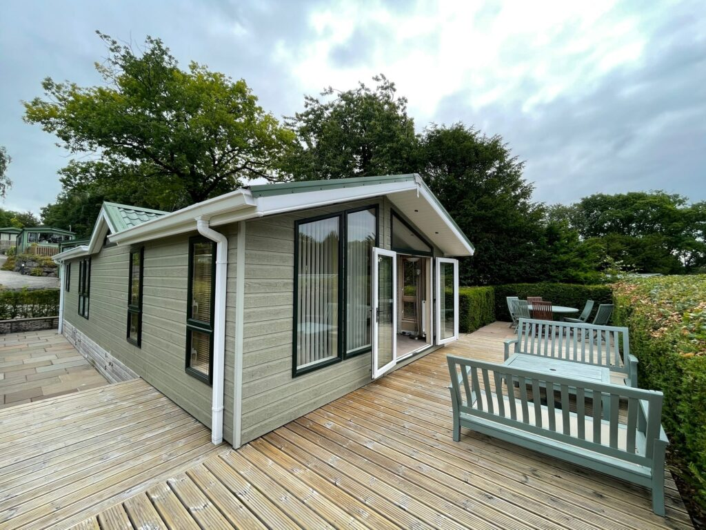 Previously Owned 2009 Willerby New Hampshire Lodge (4)-min
