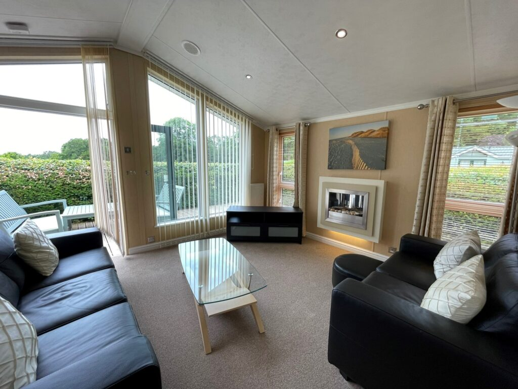Previously Owned 2009 Willerby New Hampshire Lodge (6)-min