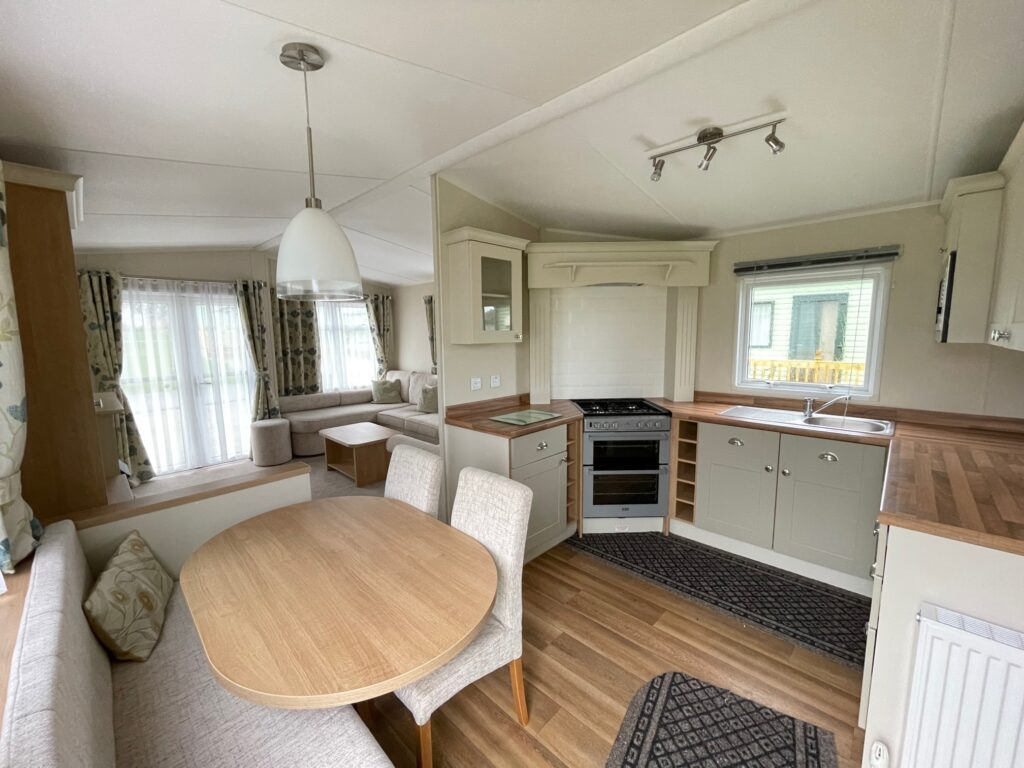 2016 Willerby Lyndhurst for sale at Holgates Ribble Valley1