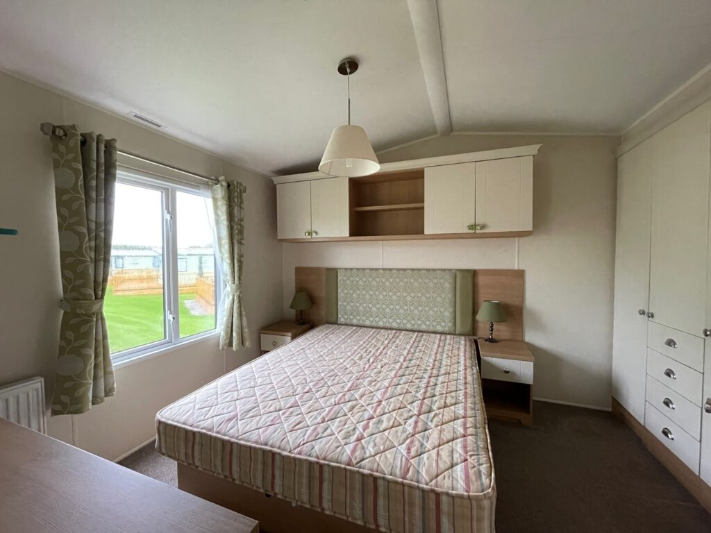 2016 Willerby Lyndhurst for sale at Holgates Ribble Valley10