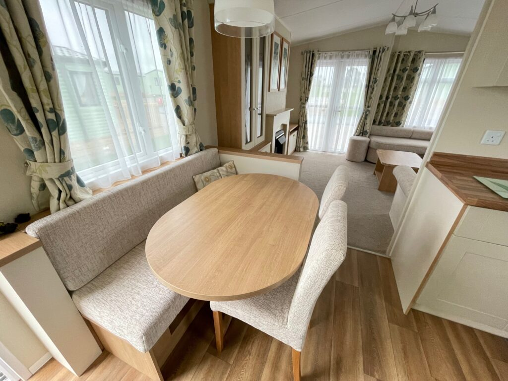 2016 Willerby Lyndhurst for sale at Holgates Ribble Valley2