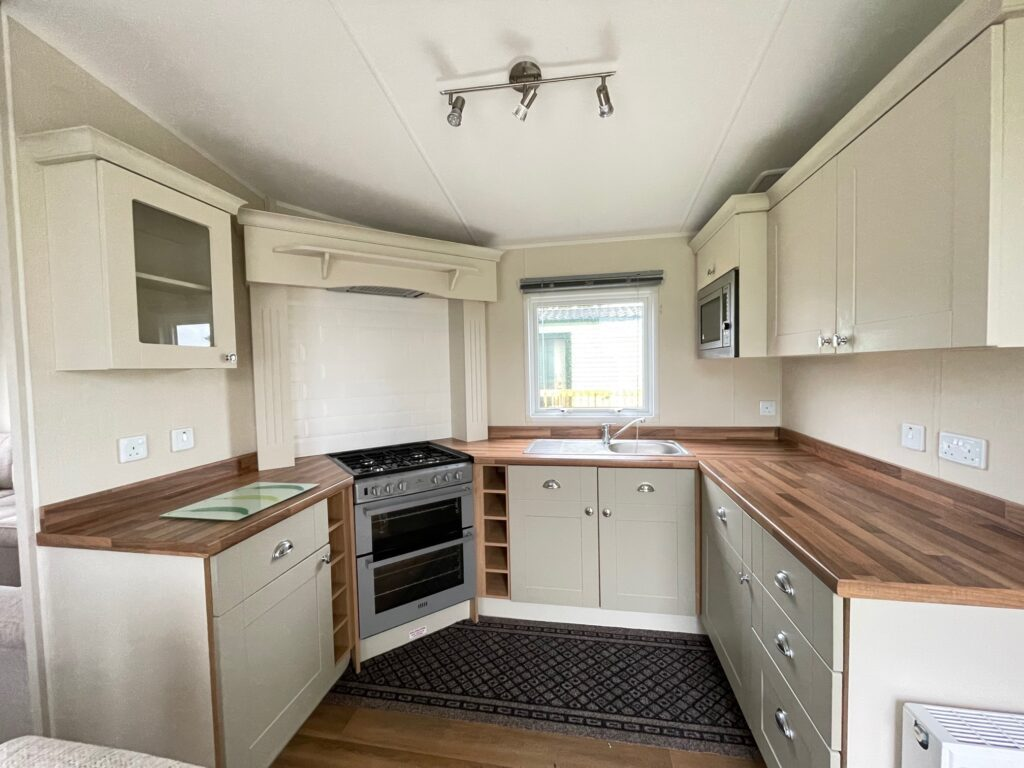 2016 Willerby Lyndhurst for sale at Holgates Ribble Valley3