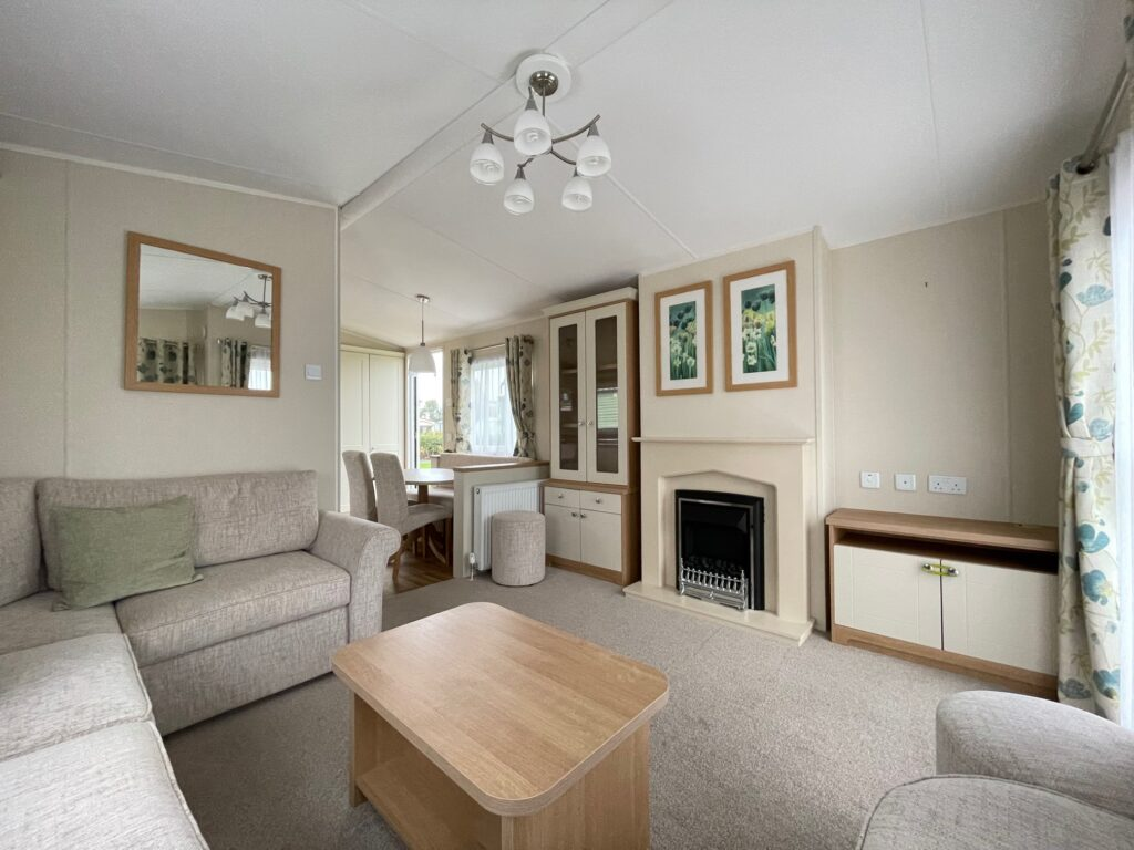 2016 Willerby Lyndhurst for sale at Holgates Ribble Valley6